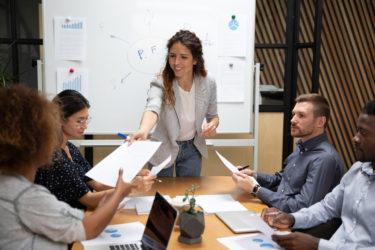 課題解決型 営業研修|ニーズヒアリングから提案書作成まで